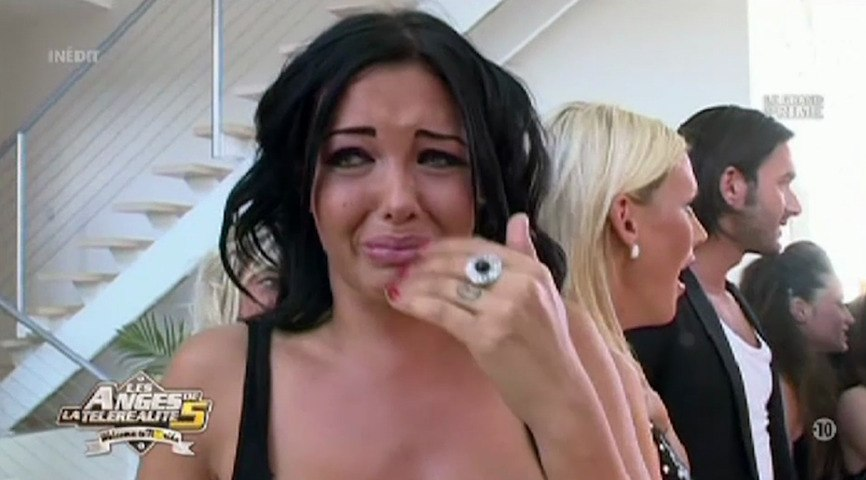 Le Zapping de Closer.fr : Nabilla en larmes devant son idole Kim Kardashian