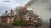 Brand legt leegstaande boerderij Oude Pekela in de as - RTV Noord