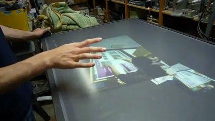 Get IT : réaliser sa table tactile à faible coût.