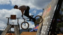 BIG BMX - Dirt competition in Australia - Red Bull Dirt Pipe 2011