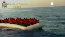 Migrants saved from death off Italian coast