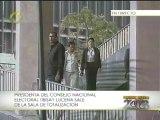 Presidenta del CNE visitó la Sala de Totalización a pocos minutos del cierre de los centros de votación