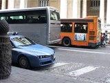 Napoli - Falso allarme bomba al Teatro San Carlo (16.04.13)