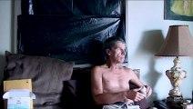 ΛΑΜΠΟΥΝ ΣΤΟ ΣΚΟΤΑΔΙ (They Glow In The Dark) Υποτιτλισμένο trailer