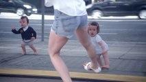 Реклама воды Evian  Ребенок и Я / Evian Ads - Baby & Me
