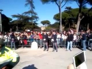 L'arrivo di Papa Francesco alla Basilica di San Paolo fuori le Mura in Roma