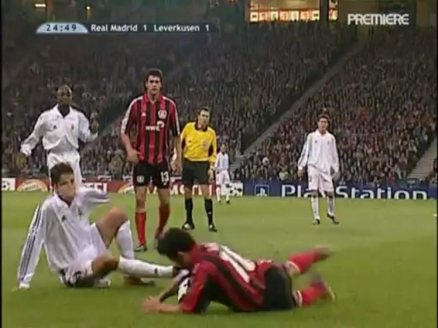 2002 Bayer 04 Leverkusen Real Madrid Cf 1st Half Video Dailymotion