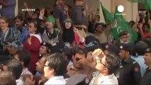Pervez Musharraf privé de vie publique