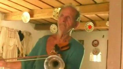 Vioara Cu Goarna - Romanian fiddle from Bihor Transylvania (HD)