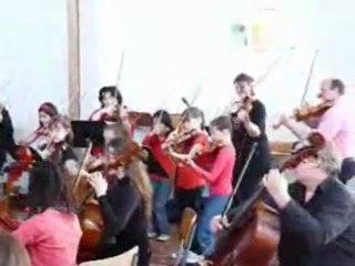 Les petites cordes Final concert CHABEUIL 2013