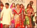 Raw:Kiran kher walks on ramp for designer gaurang at lfw day 4