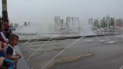 Spectacle d'eau à la grande pagode de Xi'an