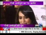*Drashti Dhami* Glimpse of DD at the ITA Awards Red Carpet IBN7 Segment 06/05/2013