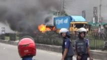 Bangladesh protest violence: Islamists clash with police