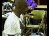 tupac chante ds une classe