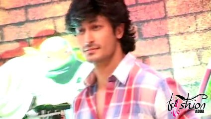 Vidyut Jamwal Looks Dashing @ Nickelodeon's Teenage Mutant Ninja Turtles Toys Launch