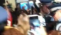 استقبال القيصر كاظم الساهر في مطار نيوزيلندا-1