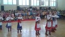 Powitanie zawodników VIVE TARGI KIELCE przez uczniów SP im.S.Żeromskiego w Chmielniku, 9 maja 2013r.