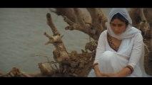 Kareena Finally Meets Abhishek After Waiting For Days - Hit Romantic Scene - Refugee