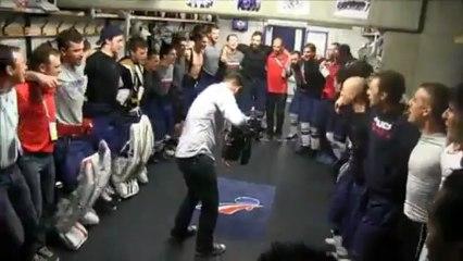 L'équipe de France de Hockey célèbre sa victoire face à la Russie