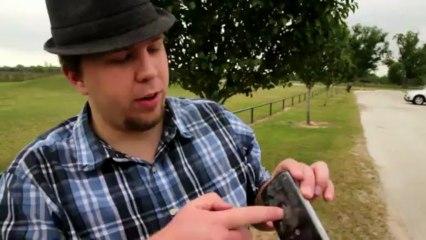 Galaxy S4 Vs. Golf Club - GizmoSlip