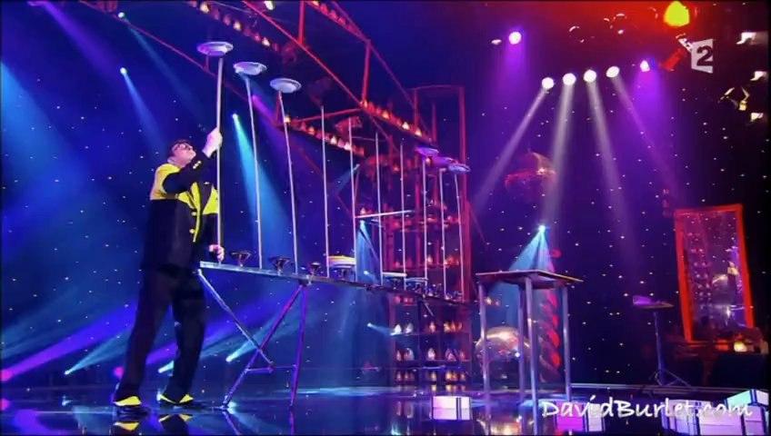 le plus grand cabaret du monde jongleur jonglage