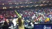 """""""Είσαι στο μυαλό κάτι μαγικό"""", φωνάζουν οι φίλοι του Ολυμπιακού στην Ο2 Arena"""