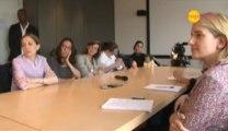 Vidéo : comment choisir entre allaitement au sein et allaitement au biberon ?