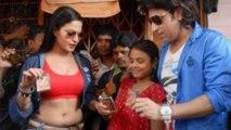 Veena Malik Distributes Condoms To Sex Workers in Red Light Area