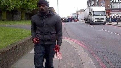 Un militaire décapité en pleine rue par des musulmans près de Londres.