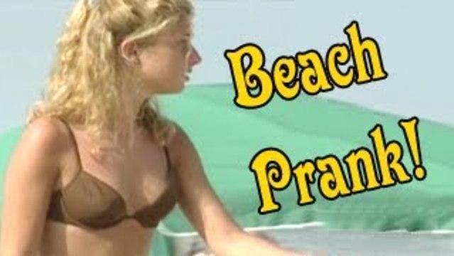 Sexy Beach Prank - Prank Attacks