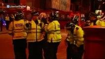 Miembros del EDL se enfrentan con la Policía tras el asesinato de Londres