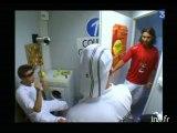 Rafael Nadal détruit des balles de tennis à Roland Garros - Archive vidéo INA
