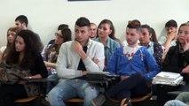 """Aversa (CE) - """"Quale futuro per i ragionieri"""" Il professor Vetrella all'Itc """"Gallo"""" (21.05.13)"""