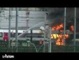 Un TGV en feu à Saint-Denis