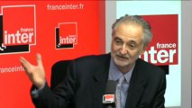 """Jacques Attali : """"la Commission est en train de tuer l'Europe."""""""