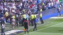 ¡¡Inaudito!!  ¡Los fotografos paran el partido a la salida de Mourinho!
