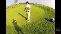 Un golfeur pro fait des figures & jongles avec sa balle... Truc de fou!!