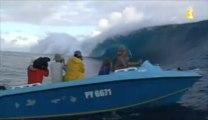 les + belles images de surf à Teahupoo de ce week-end
