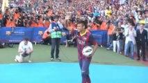 Transferts - Neymar présenté à Barcelone