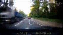 Car crash : his reflex saved his life!!!