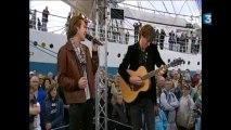 Armada 2013 : Amaury Vassili chante sur le plateau de France 3