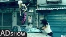 Chaos in town: Crashdïet hard rockers run wild