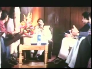 ULLAM KOLLAI POGUTHAE (Tamil) Prabhu  Deva meets Anjala at his palce