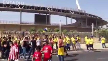 la aficion en Almeria - Vídeos de La afición de la UD Las Palmas