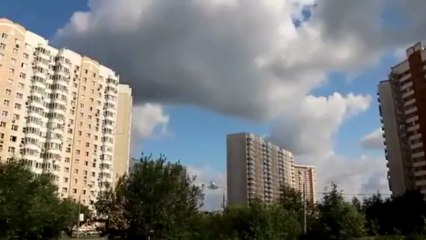 Des avions survolent des appartements à quelques mètres !