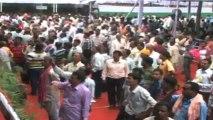 Odisha CM distributes cell phones to 15,000 farmers