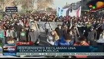 Estudiantes chilenos retoman protestas por una educación pública