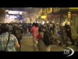 Turchia, nuovi scontri tra manifestanti e polizia a Istanbul. Ancora violenze 23 giorni dopo l'inizio delle proteste
