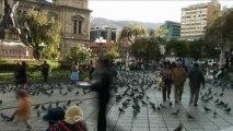 Temps flou - Bolivie La Paz Plaza Murillo -  Extrait